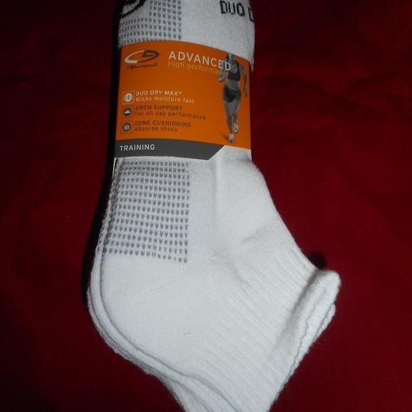 c41cb8fc078 4 Pair Champion Performance Duo Dry Ankle Socks